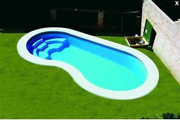 أحواض سباحة فيبر جلاس في الإمارات